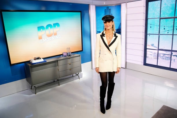 Kristin Cavallari at E! Pop of the Morning, January 9, 2020